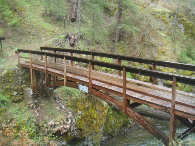 PCT Bridge over Squaw Creek
