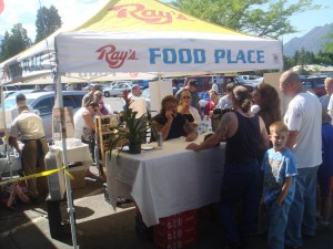 Phil Harris signing autographs at Ray's